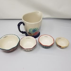 NWT Pioneer Woman measuring cup and bowl set